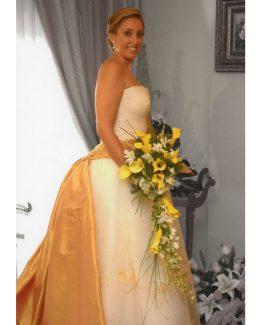 vestido-de-novia-detalles-dorados