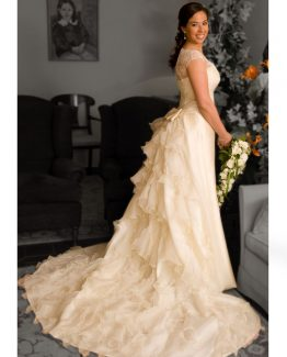 vestidos-de-novia-cola-capas